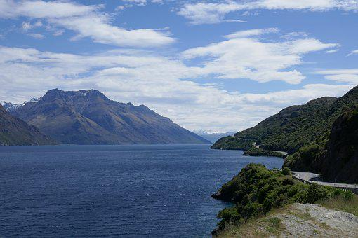 Lake Wakatipu, New Zealand, Water, Mountain, Nature