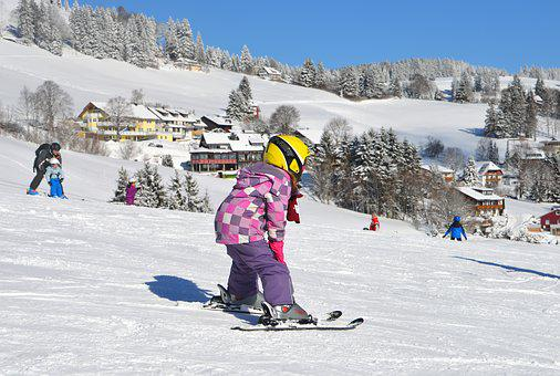 Children, Departure, Ski Lessons, Exercise Hills