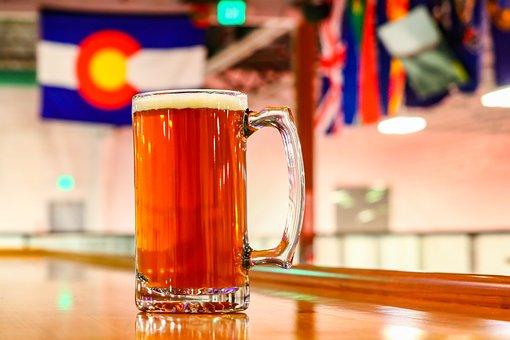 Drink, Glass, Table, Bar, Beer, Wood, Alcohol, Mug, Pub