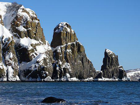 The Pacific Ocean, Rocks, Stones, Mountains, Beach