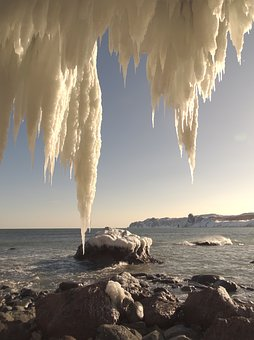 The Pacific Ocean, Rocks, Ice, Frazil, Icicles