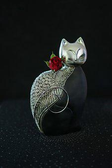 Modern Cat Figure, Noble, Black Silver, Decoration