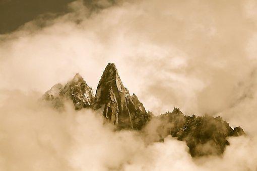 Summits, Needles Green, Drus