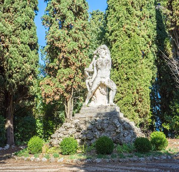 Villa Cortine Palace, Sirmione, Lake Garda, Sculpture