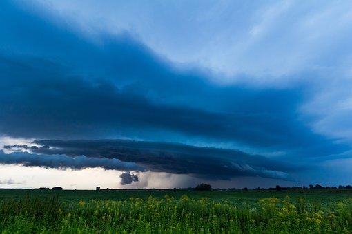 Shelf Cloud, Blue Hour, Evening Thunderstorms