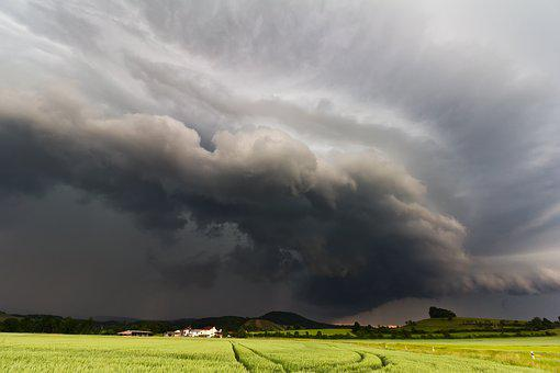 Shelf Cloud, Storm Front, Squall Line, Gust Front
