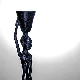 Statuette, Woman