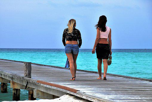 Girls, Spacer, Beach, The Pier, Maldives, Wind, Ocean