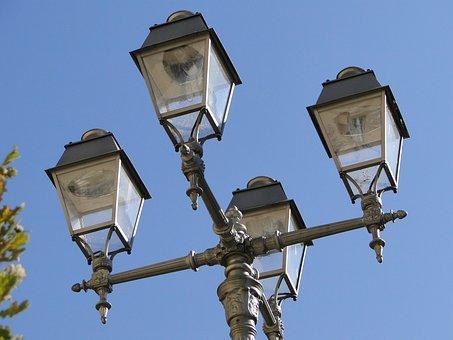 The Street Lamp Post, Lamppost, Reflector, Lit