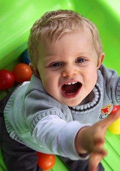 Child, Petit, Cute, Fun Activities, Innocence, Green
