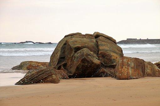 Sand, Ocean, Rock, The Waves, The Horizon