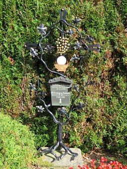 Grave, Grave Marker, Religious, Death, Remembering
