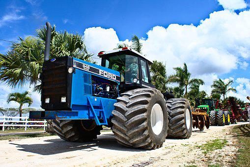 Tractor, Big, Low Angle, Heavy, Vehicle, Equipment