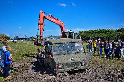 Stuck, Mud, Helping Hand, Recreational, Excavator