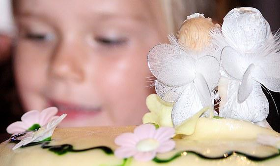 Child, Children's Birthday, Birthday Cake, Surprise