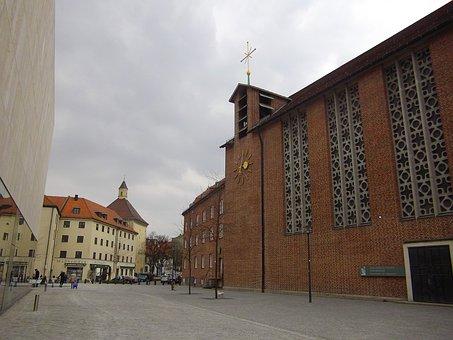 St Jacob's Church, Munich, Jakobsweg, Pilgrims