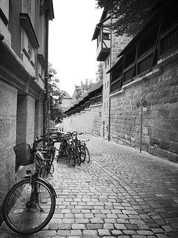 Street, Variants, Sidewalk, Wheel, Nuremberg, Pavement