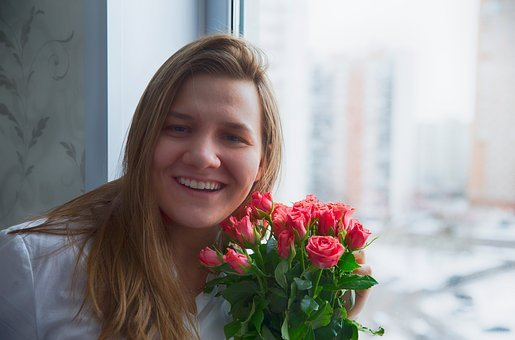 Roses, Flowers, Bouquet, Girl, Smile, Woman, Flower