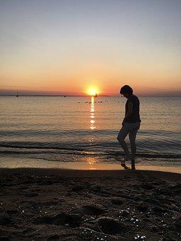 Sunset, Beach, Body Of Water, Sun, Sea, Coastal