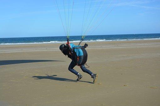 Paraglider Court