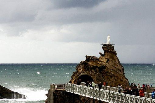 Sea, Body Of Water, Travel, Costa, Sky, Tourist