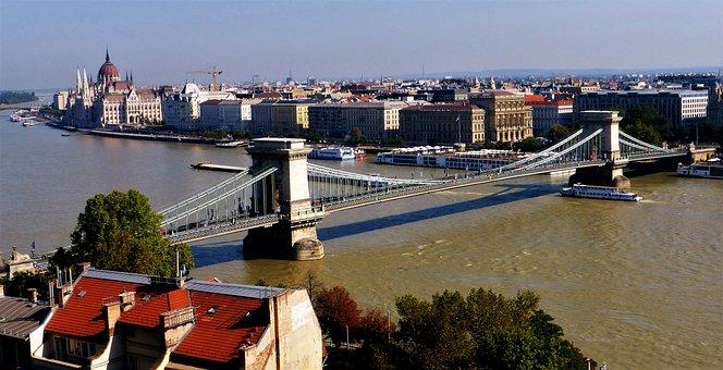 Architecture, Hungary, Budapest, Bridge Chain