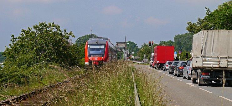 Train Has Right Of Way, Single-lane Bascule Bridge
