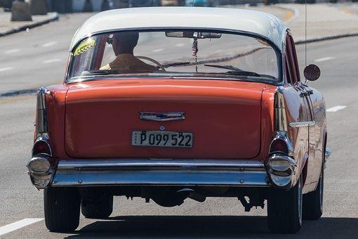 Cuba, Havana, Malecon, Hotel Riviera, Almendron, Taxi