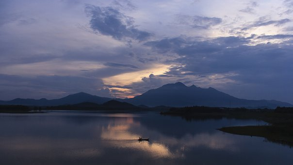 Lake Dongmo, Travel, Beauty In Nature, The Cloud, Sky
