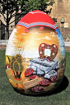 Easter Egg, Croatian Naive Art, Traditional, Decoration