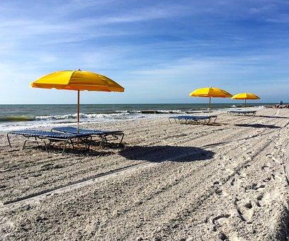 Madeira Beach, Florida, Beach, Sand, Sea, Seashore