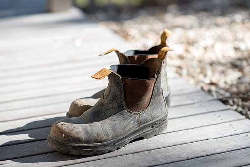 Boots, Blundstone, Work Boots, Shoes, Old, Worn, Muddy