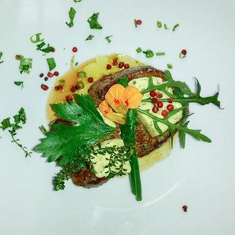 Beef Steak Toast, Salad Garnish, Appetizing