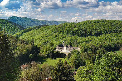 Vienna Woods, Castle Neuhaus, Tristingtal, Hike, Castle