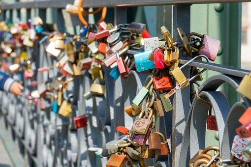 Castles, Bridge, Love, Love Locks, Padlocks