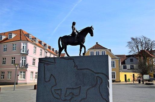 Bronze Equestrian Statue, Statue, Sculpture In Stone