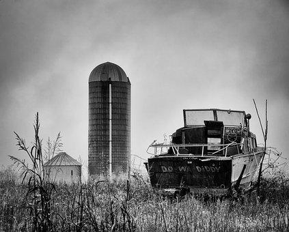 Monochrome, Black And White, Silo, Country, Rural, Boat