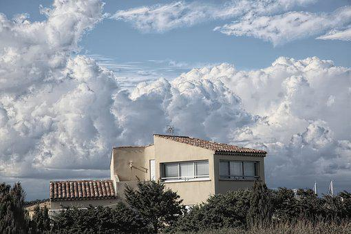 House, Outdoor, Sky, No Person, Horizontal