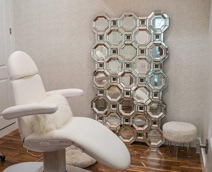Spa, Beauty Salon, Inside, Luxury, Mirror