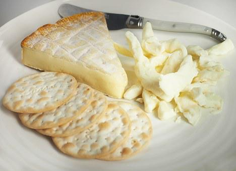 Cheese, Brie, Curds, Cracker, Knife, White, Plate, Food