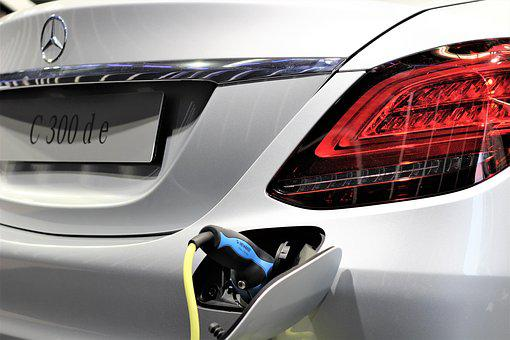 Car Mercedes Benz C 300 D E, Electric Charging