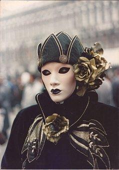 Costume, Fashion