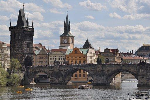 Prague, Charles Bridge, Moldova, Architecture, River