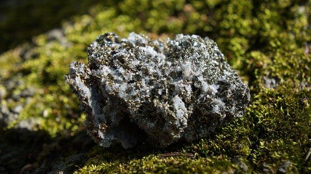 Nature, Rock, Moss, Outdoors, Stone, Crystal, Gemstone