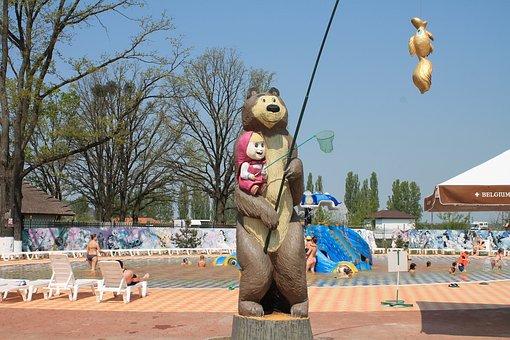Sculpture, Masha And The Bear