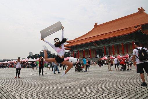 People, Woman, Outdoor, Tourism, Jump, Dance, Taipei