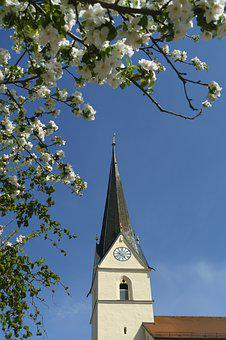 Sky, Tree, Church, Architecture, Village, Spire