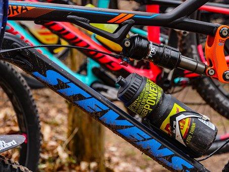 Mountain Bike, Bike, Suspension, Water Bottle, Group