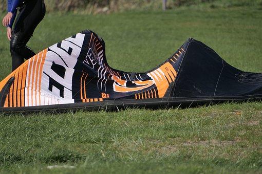 Grass, Kite, Kite-surfing, Recreational Sports
