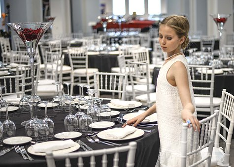 People, Adult, Indoors, Restaurant, Woman, Service